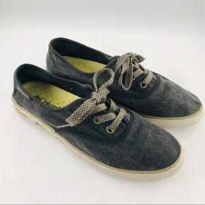 Columbia Woman's Vulc N Vent Canvas Shoes Sneakers